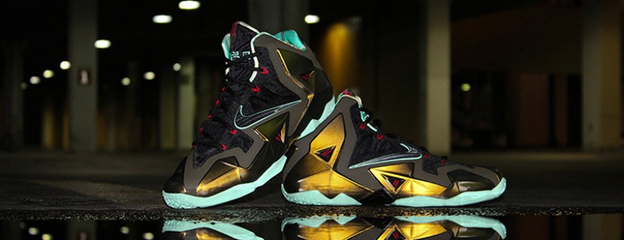 cropped-lebron11gold